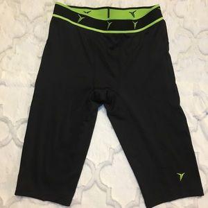 Old Navy legging shorts boy's size L 10-12